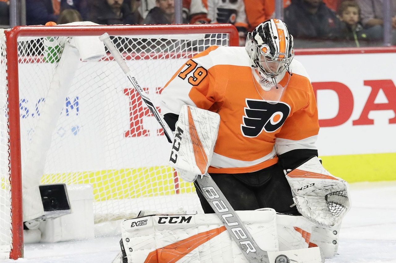 Streaking Philadelphia Flyers win sixth straight against Boston Bruins