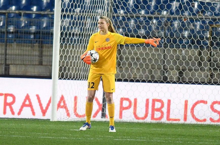 Reign FC add goalkeeper Casey Murphy