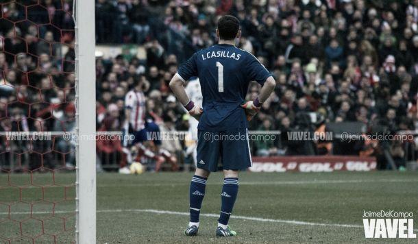 Provocação no Caldéron: adeptos do Atleti cantaram por Casillas