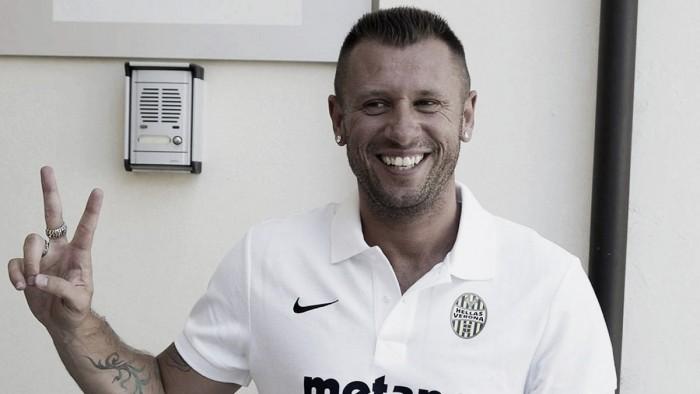 Hein? Antonio Cassano volta atrás mais uma vez e rescinde com Hellas Verona