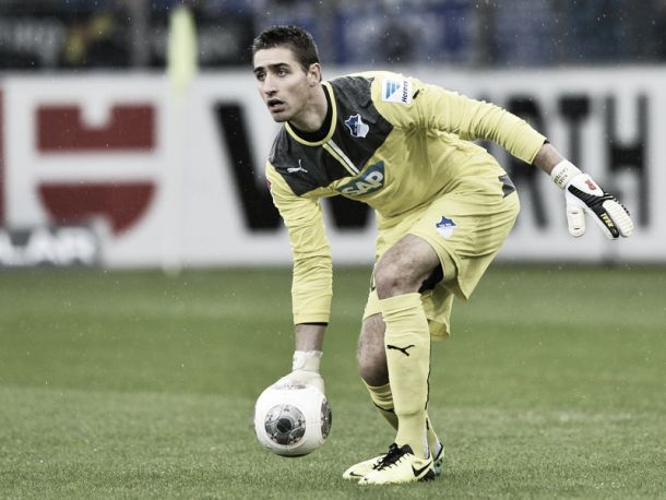Casteels pone rumbo a Wolfsburgo con escala en Bremen