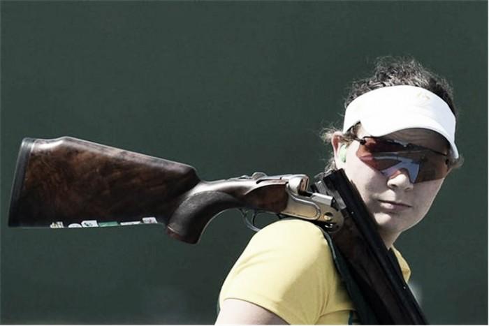 Catherine Skinner conquista ouro na fossa olímpica e coloca a Austrália no topo do quadro de medalhas