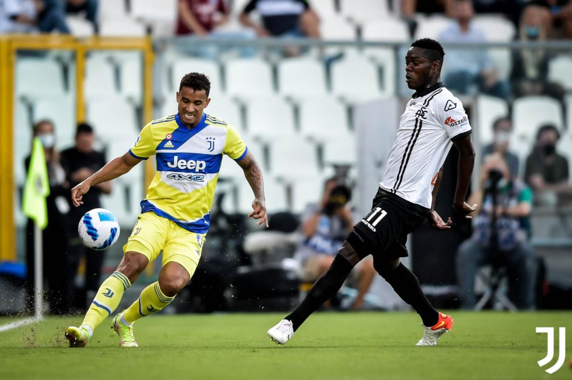 La Juve soffre e vince di rabbia: Spezia rimontato grazie a Chiesa e De Ligt (2-3)