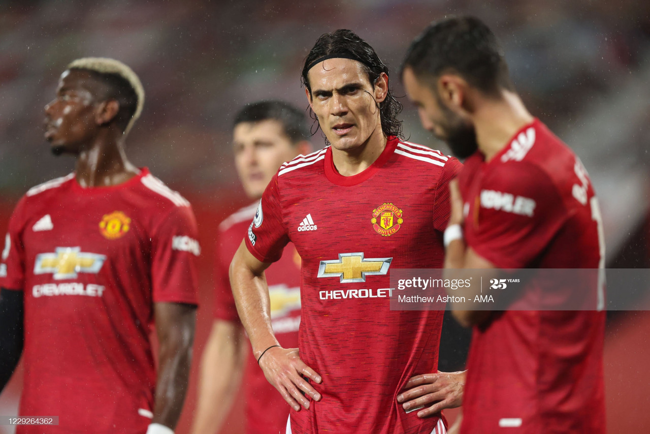 MANCHESTER, ENGLAND - OCTOBER 24: Edinson Cavani of Manchester United during the Premier League match between Manchester United and Chelsea at Old Trafford on October 24, 2020 in Manchester, United Kingdom. Sporting stadiums around the UK remain under strict restrictions due to the Coronavirus Pandemic as Government social distancing laws prohibit fans inside venues resulting in games being played behind closed doors. (Photo by Matthew Ashton - AMA/Getty Images)