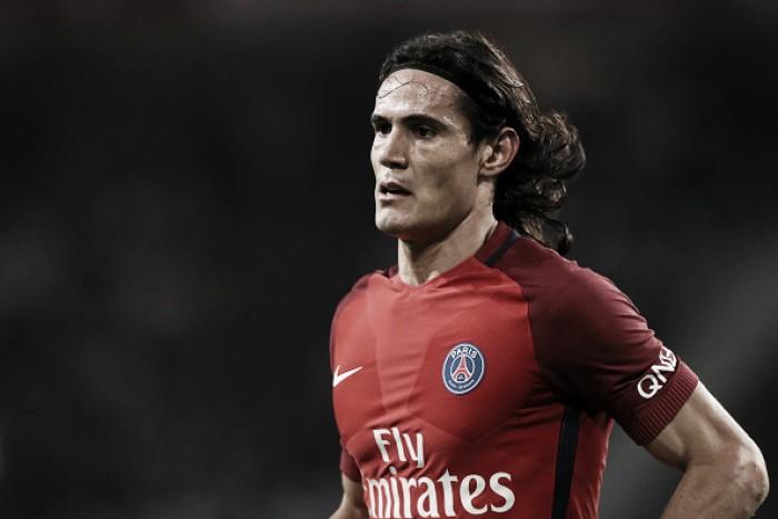 Cavani marca, PSG supera Lille e segue caça ao líder Nice
