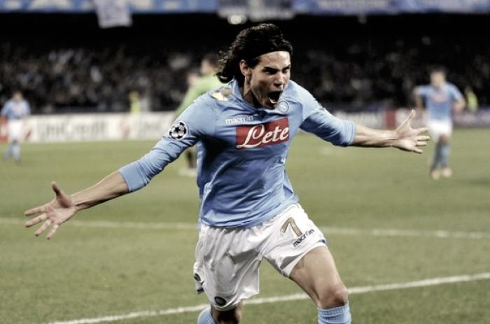Edinson Cavani torna a Napoli: ritirerà il premio 'Football Leader 2017'