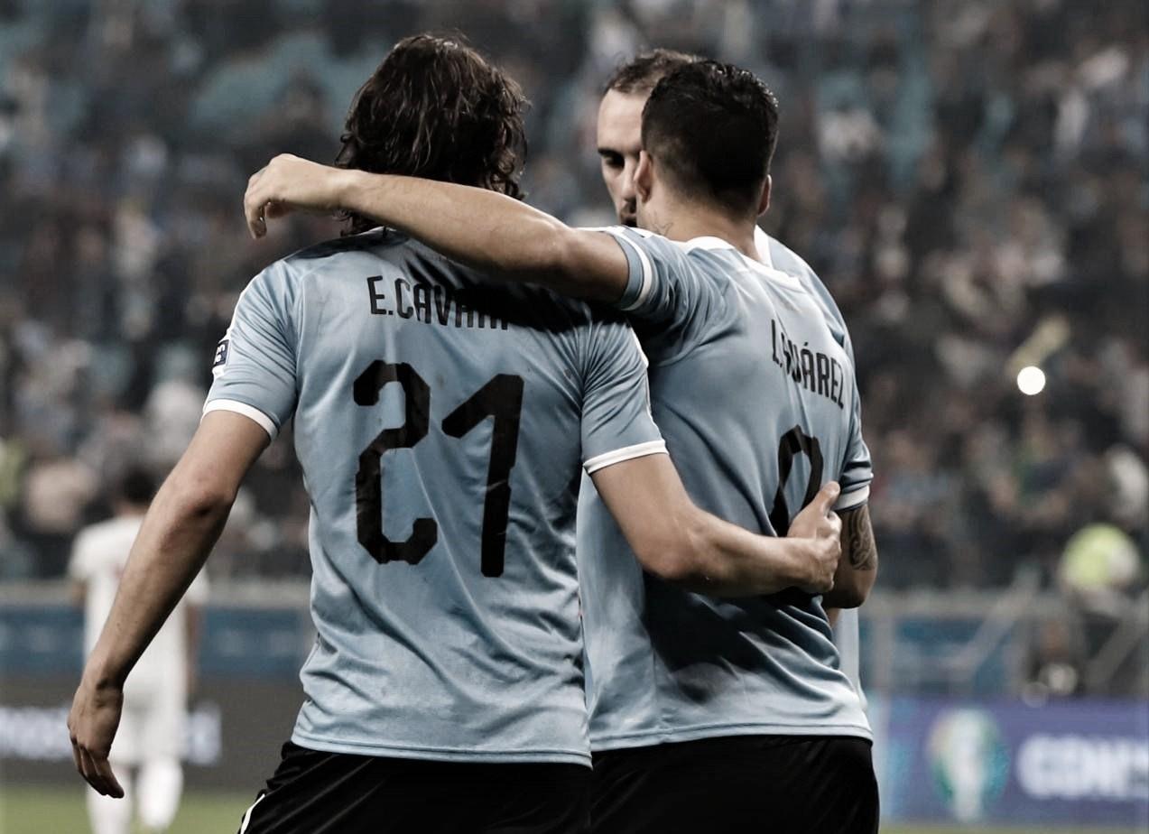 Suárez e Cavani somam 19 finalizações, mas não evitam empate do Uruguai