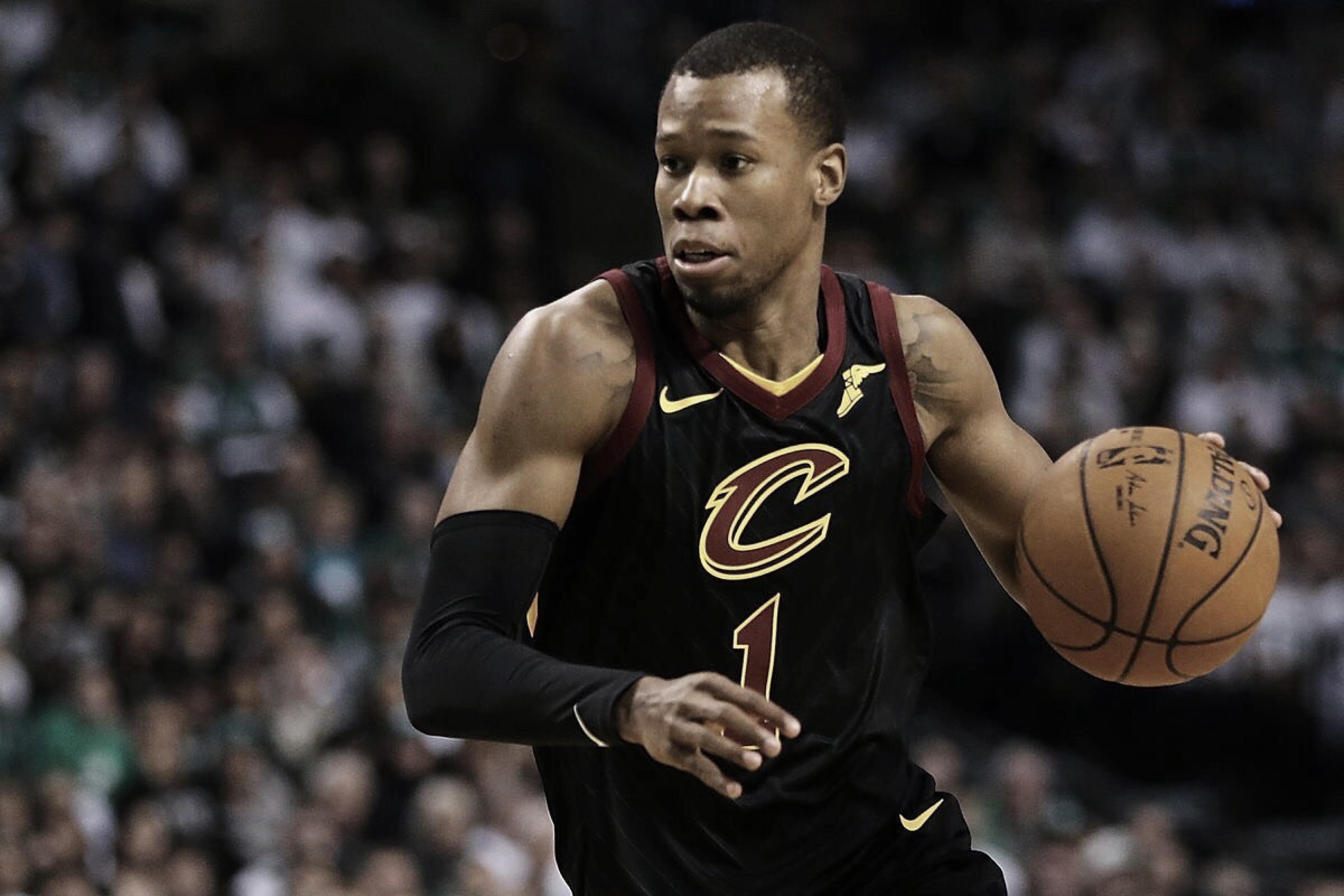 Hood permanecerá un año más con los Cavaliers