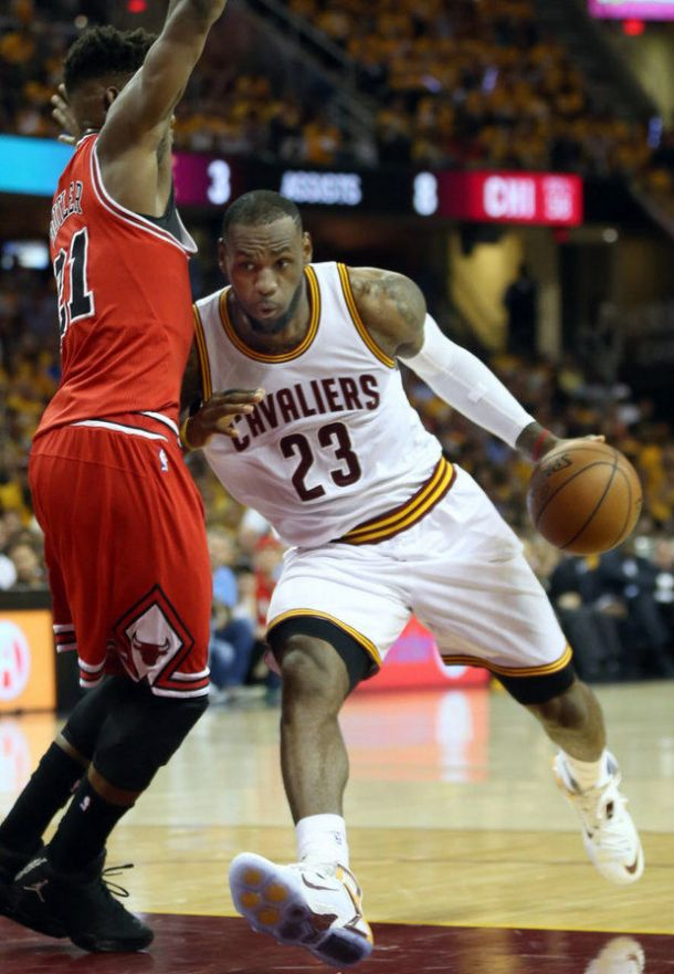 Cleveland Cavaliers Bounce Back To Tie Series 1-1 As They Blowout Chicago Bulls