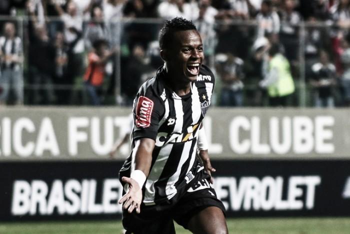 Cazares afasta boatos de indisciplina e garante vitória do Atlético-MG diante do Santos