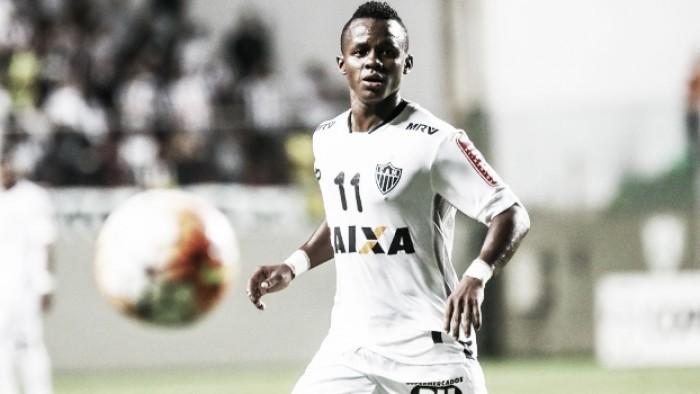 Cazares cumprirá quatro jogos de pena por expulsão em Recife