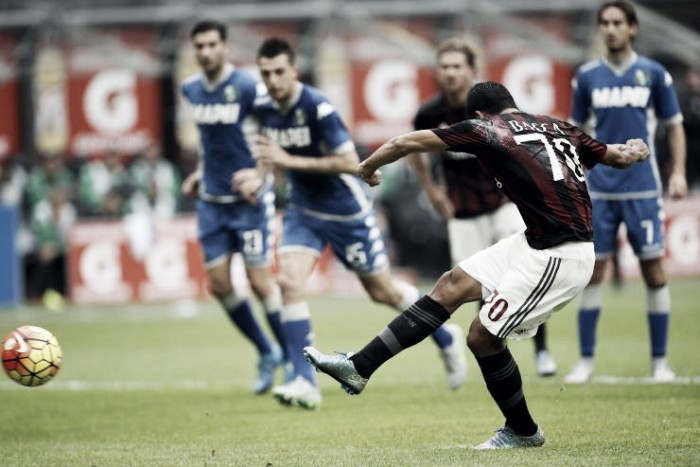 Milan vs Sassuolo in Serie A 2016/17 (4-3): Partita pazza a San Siro, il Milan vince 4-3