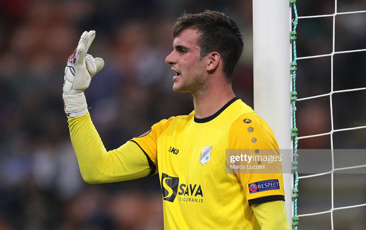 Luton break transfer record for Croatian goalkeeper