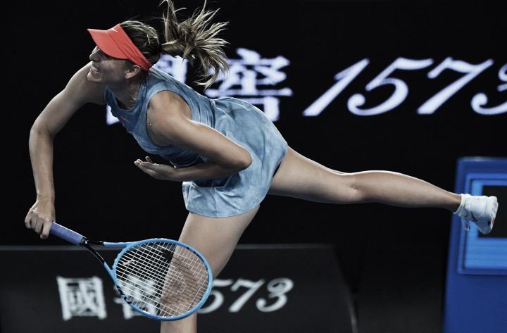 Sharapova arrasa Peterson e vai enfrentar Wozniacki na próxima rodada em Melbourne