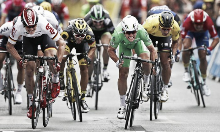 Tour de France 2016: Cavendish pips Greipel in photo finish to move second on all-time TDF stage winners