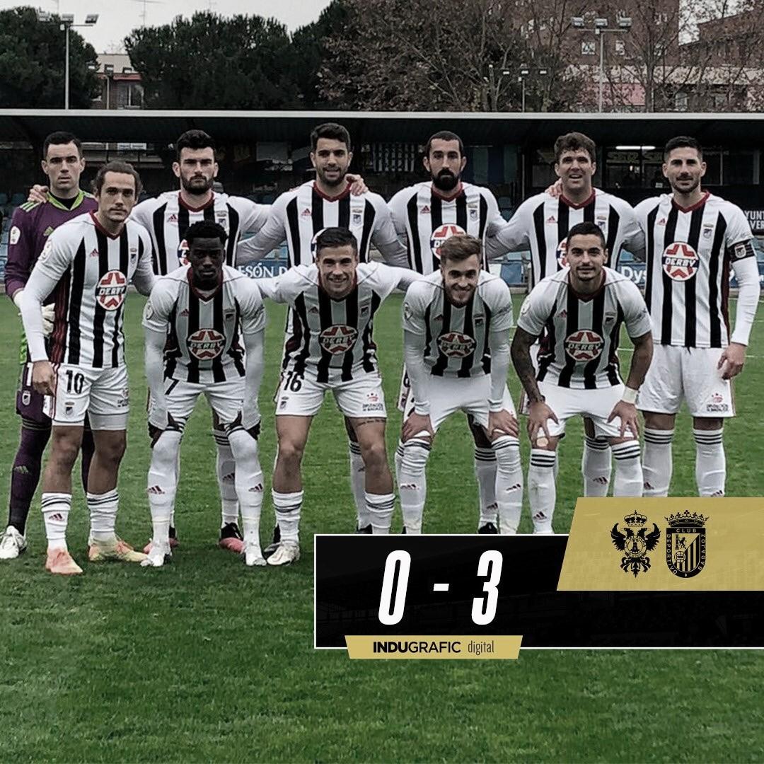 Los jugadores del CD Badajoz antes del encuentro ante el Talavera//Foto: CD Badajoz