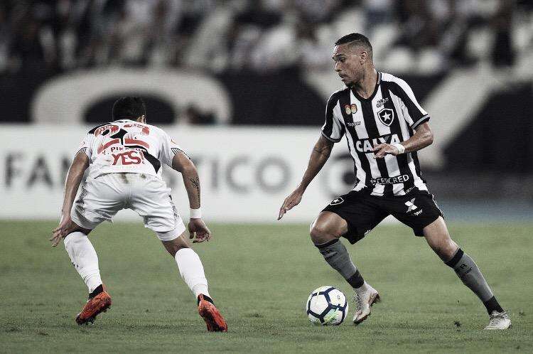 Em grande fase, Botafogo e Vasco se enfrentam no Nilton Santos pela estreia da Taça Rio