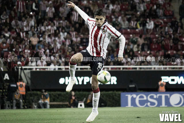 Ronaldo Cisneros: el revulsivo que merece titularidad