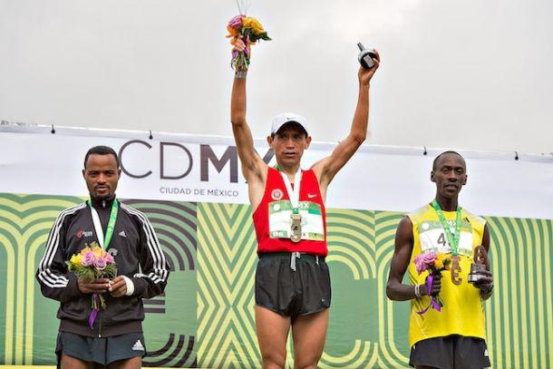 Pacheco, bicampeón en Maratón CDMX