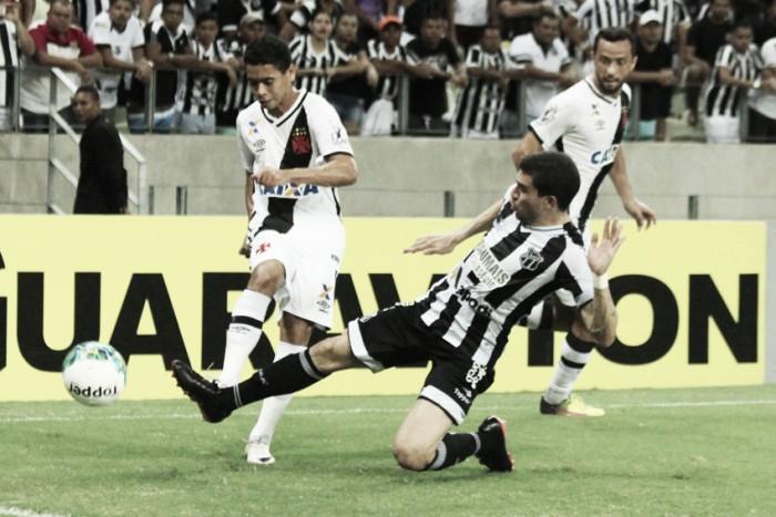 Em confronto de líder e vice-líder, Vasco e Ceará empatam sem gols no Castelão