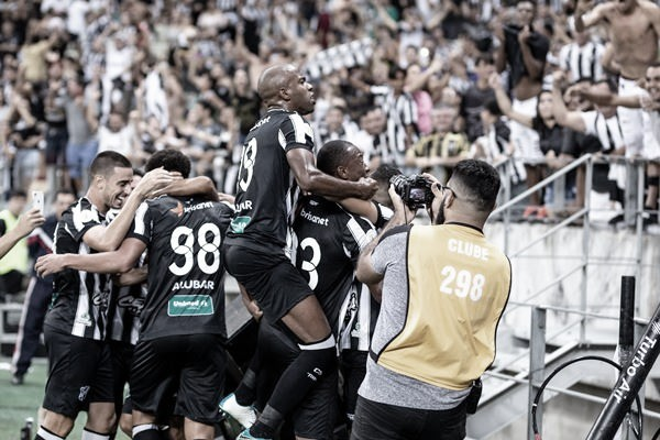 """Enderson Moreira destaca atuação do Ceará e importância da torcida: """"Motivou nossos atletas"""""""