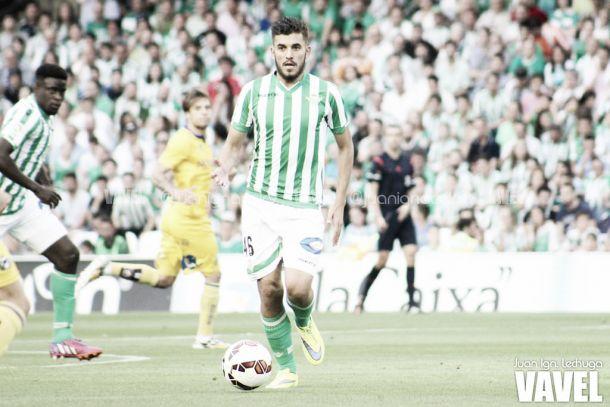 Dani Ceballos ya es futbolista profesional