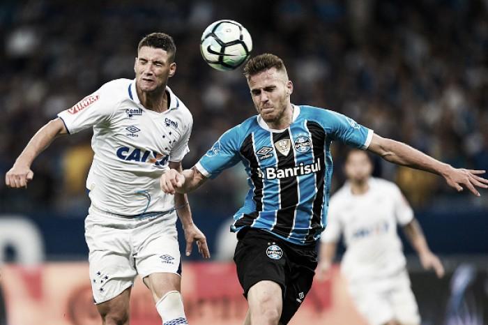 Em Porto Alegre, Grêmio e Cruzeiro se encontram pela quinta vez no ano