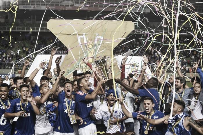 Goleiro Vitor Eudes brilha, Cruzeiro vence Atlético-MG e conquista Supercopa Sub-20
