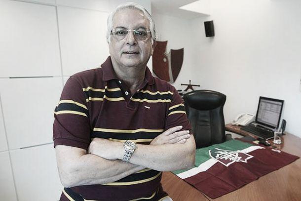 Presidente da patrocinadora do clube, Celso Barros diz que não vai ajudar na contratação de jogadores