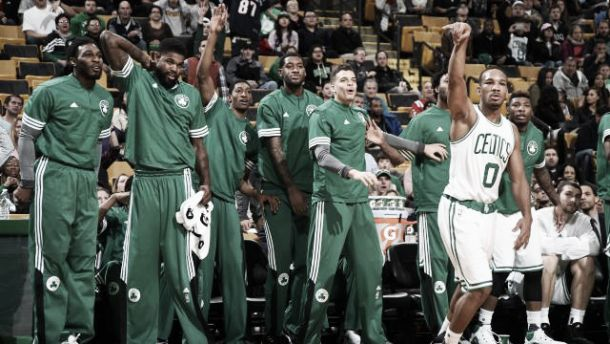 NBA preseason, Boston ed Indiana a braccetto contro New York e Charlotte