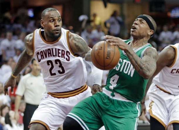 Score Boston Celtics - Cleveland Cavaliers in 2015 NBA Playoff Game 2 (91-99)
