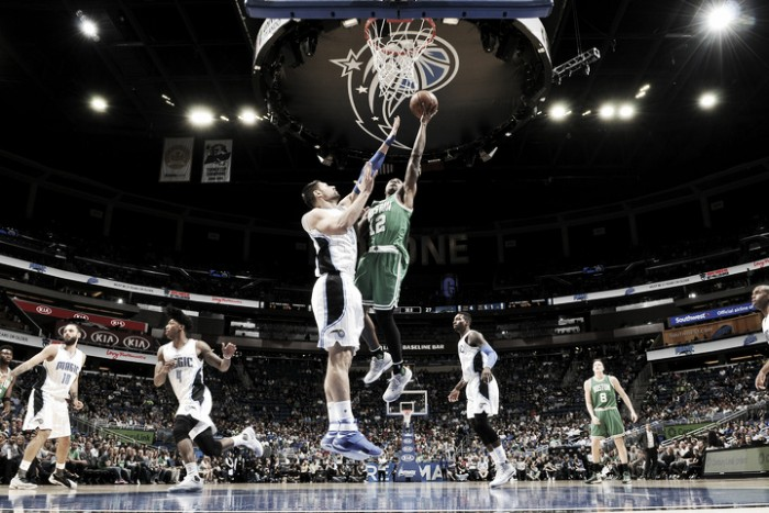 Celtics pasean en Orlando