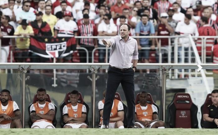 """Rogério Ceni evita falar sobre arbitragem no Majestoso: """"Justo ou injusto, é o placar do jogo"""""""