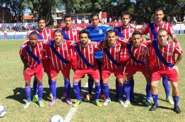 Segunda División: Chau invicto, Central Español dio la nota.