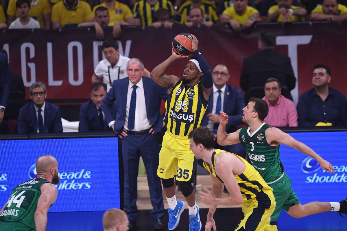 Turkish Airlines EuroLeague Final Four - Il Fenerbahce alza il muro, lo Zalgiris s'inchina ai campioni in carica (76-67)