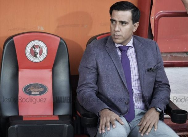 César Farías y Sergio Bueno reciben un partido de suspensión