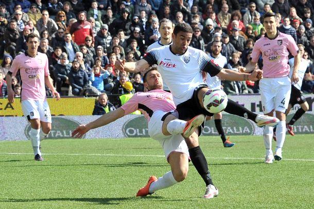 Cesena-Palermo, uno 0-0 soporifero