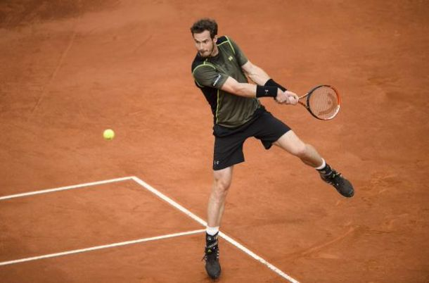 Murray bat Nadal en finale