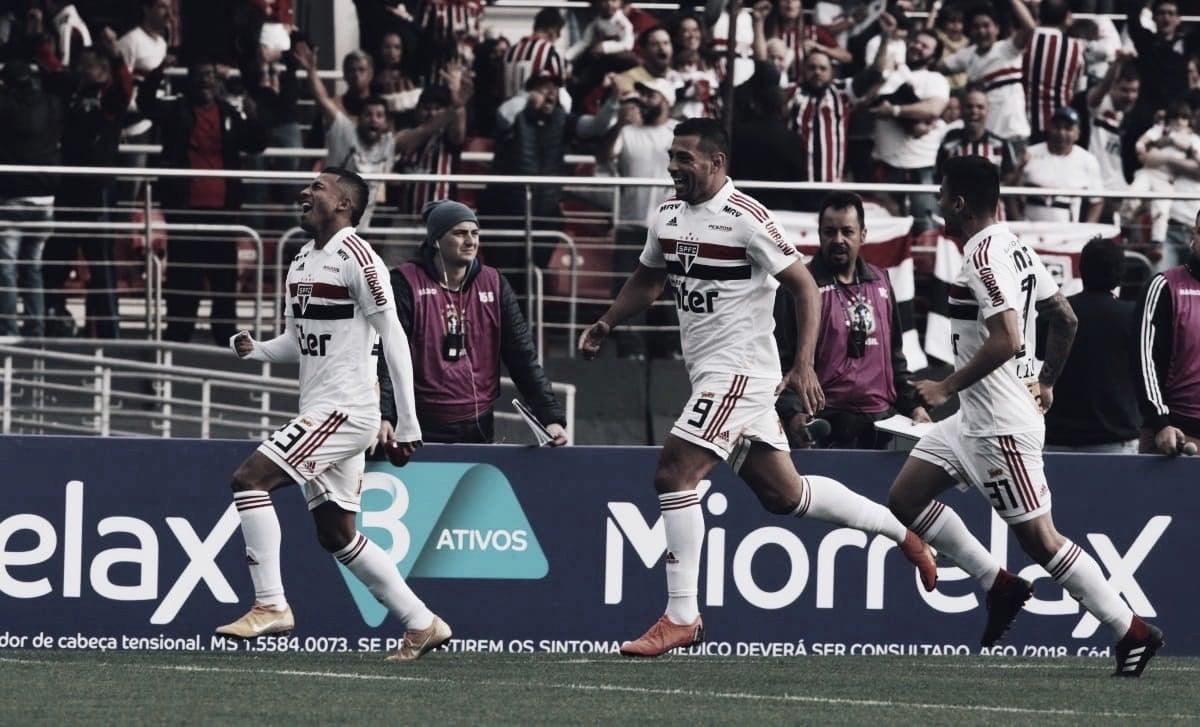 Sigam o novo líder: São Paulo vence Vasco no Morumbi e assume ponta do Brasileirão