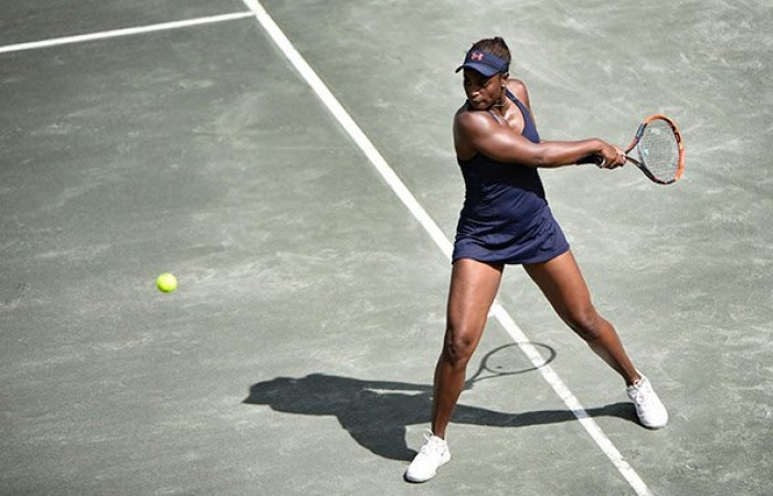 WTA Charleston - La Errani cede alla Vesnina, si ritira la Kerber