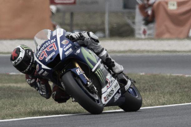 MotoGP, Jorge Lorenzo trionfa anche al Montmeló