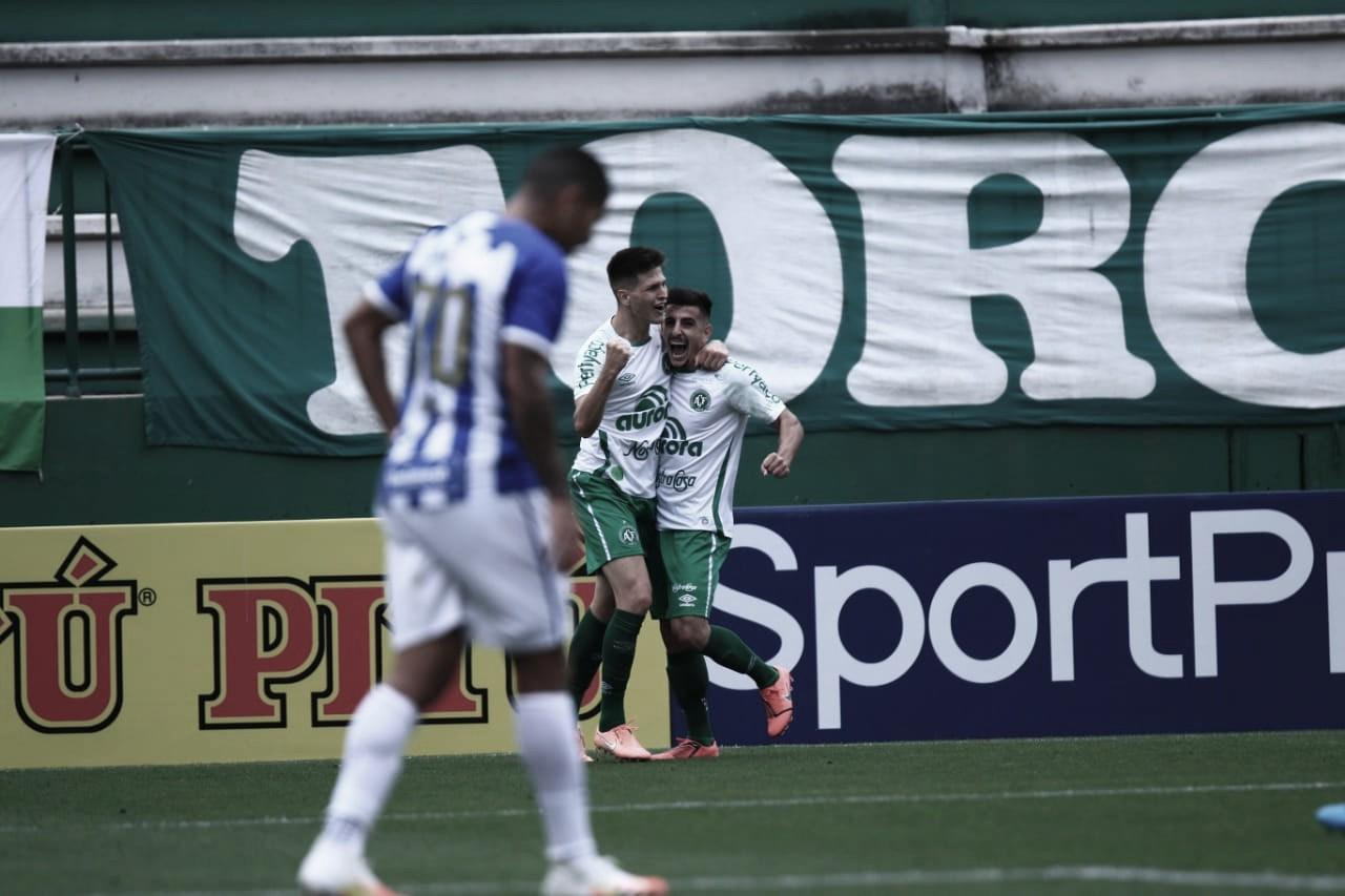 Chapecoense vence, aumenta invencibilidade contra Avaí e sobe à vice-liderança da Série B