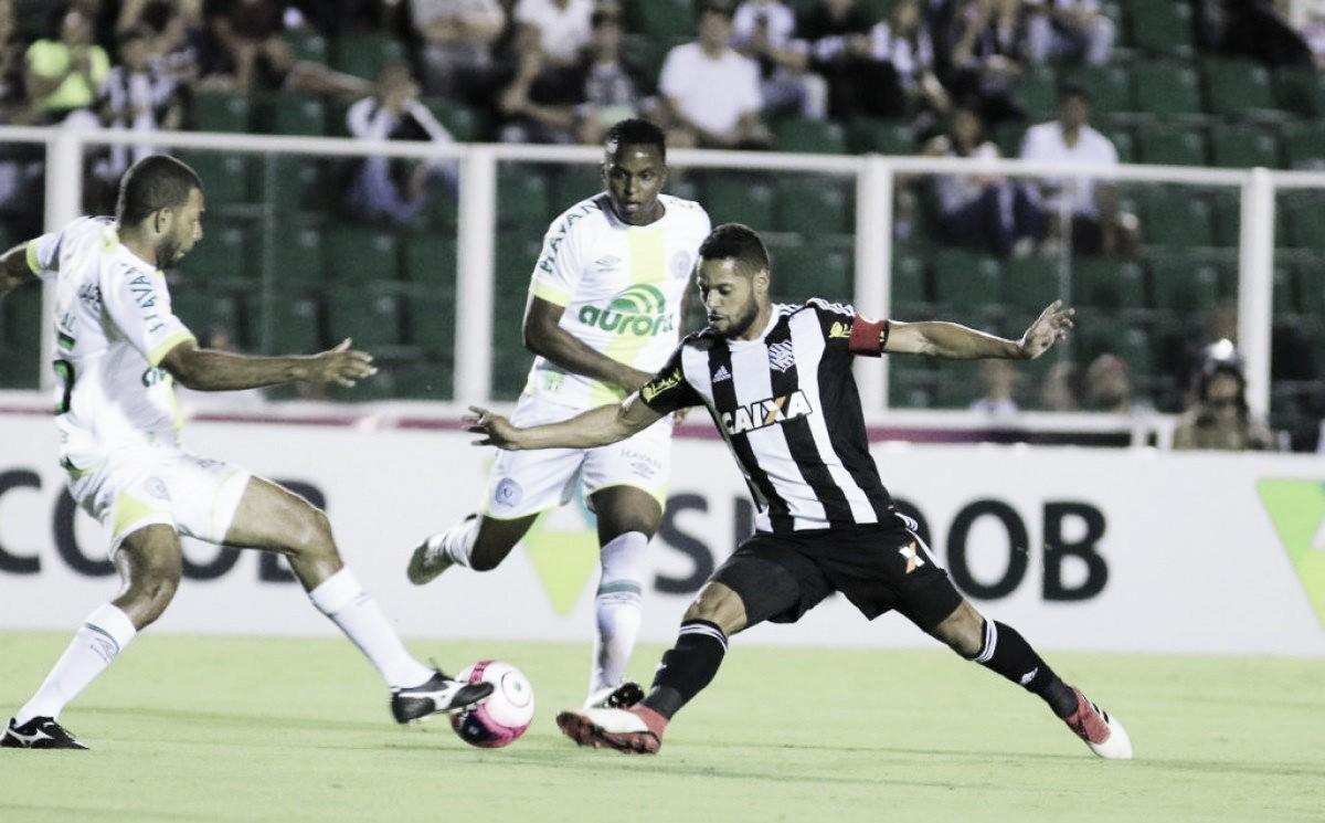 Chape e Figueirense se enfrentam por vantagem do mando de campo na decisão do Catarinense