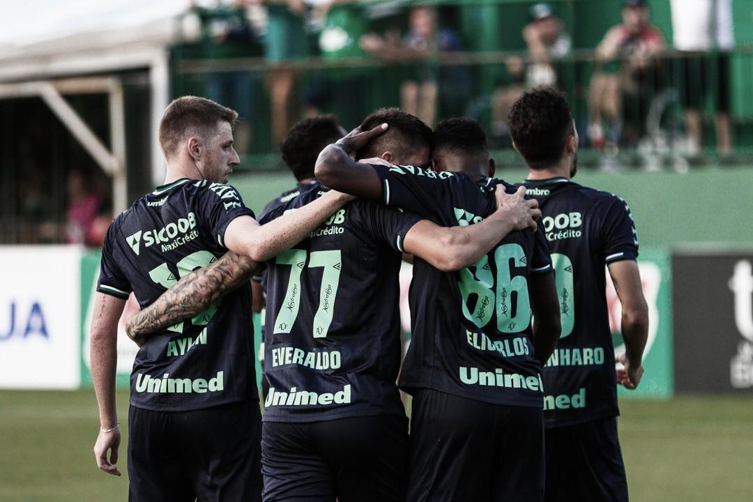 """Ney Franco destaca domínio da Chapecoense sobre o Figueirense """"Não entraram na nossa área"""""""