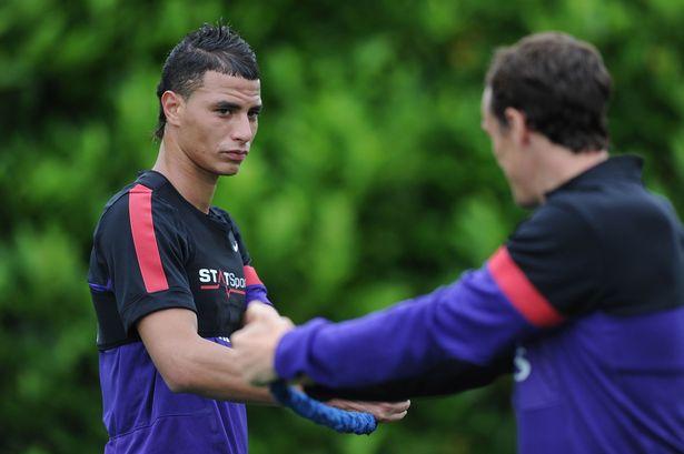 Marouane Chamakh podría ir cedido al Tottenham