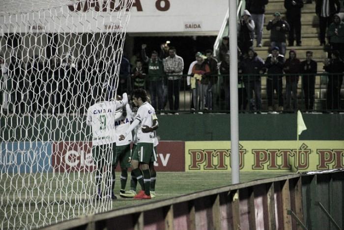 Chapecoense bate Paraná e avança pela primeira vez à terceira fase da Copa do Brasil