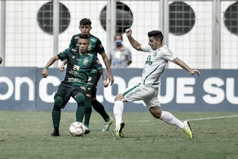 Chapecoense recebe América-MG em busca da primeira vitória no Brasileirão