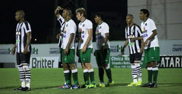 Chapecoense empata com o Figueirense e continua sem vencer no Catarinense