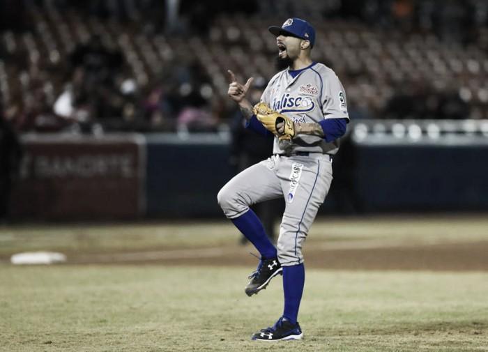 Sergio Romo tiene debut triunfante con Jalisco