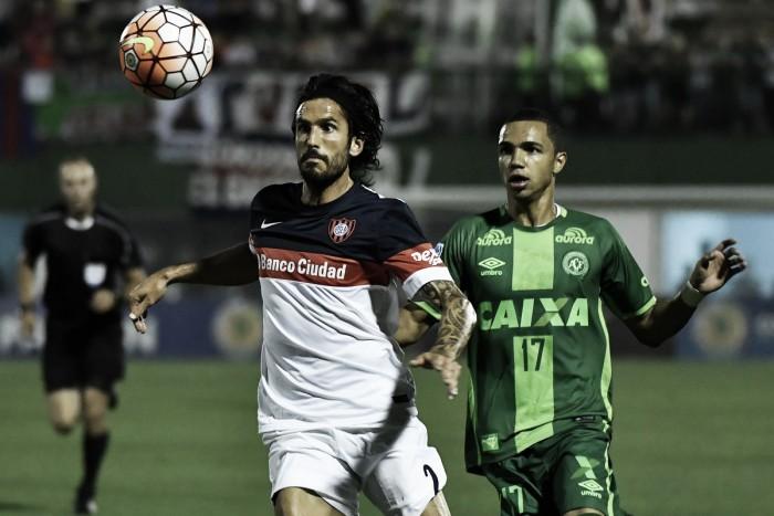 Danilo faz milagre no fim, Chapecoense segura San Lorenzo e é finalista da Sul-Americana